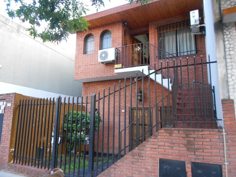 Casa en Venta en Mataderos - 3 ambientes