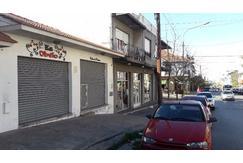 Excelente Oportunidad de Inversión - 2 Locales Sobre calle 12 de Octubre