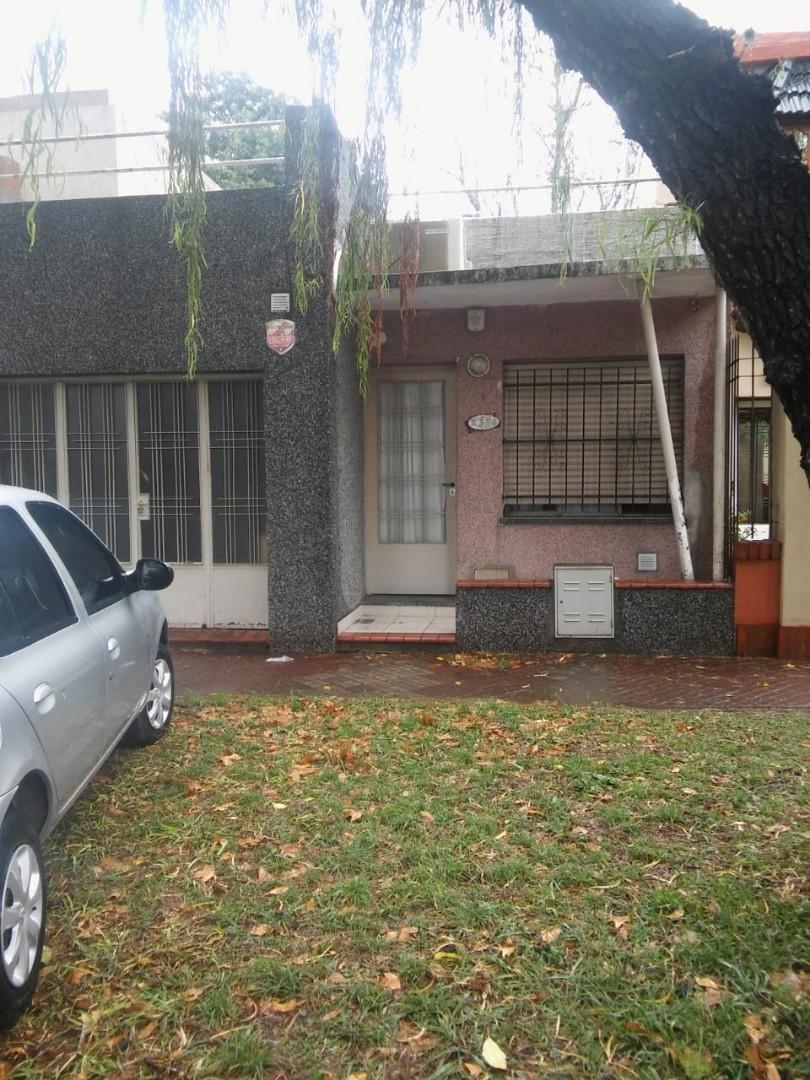 Casa en Venta en Alberdi - 2 ambientes