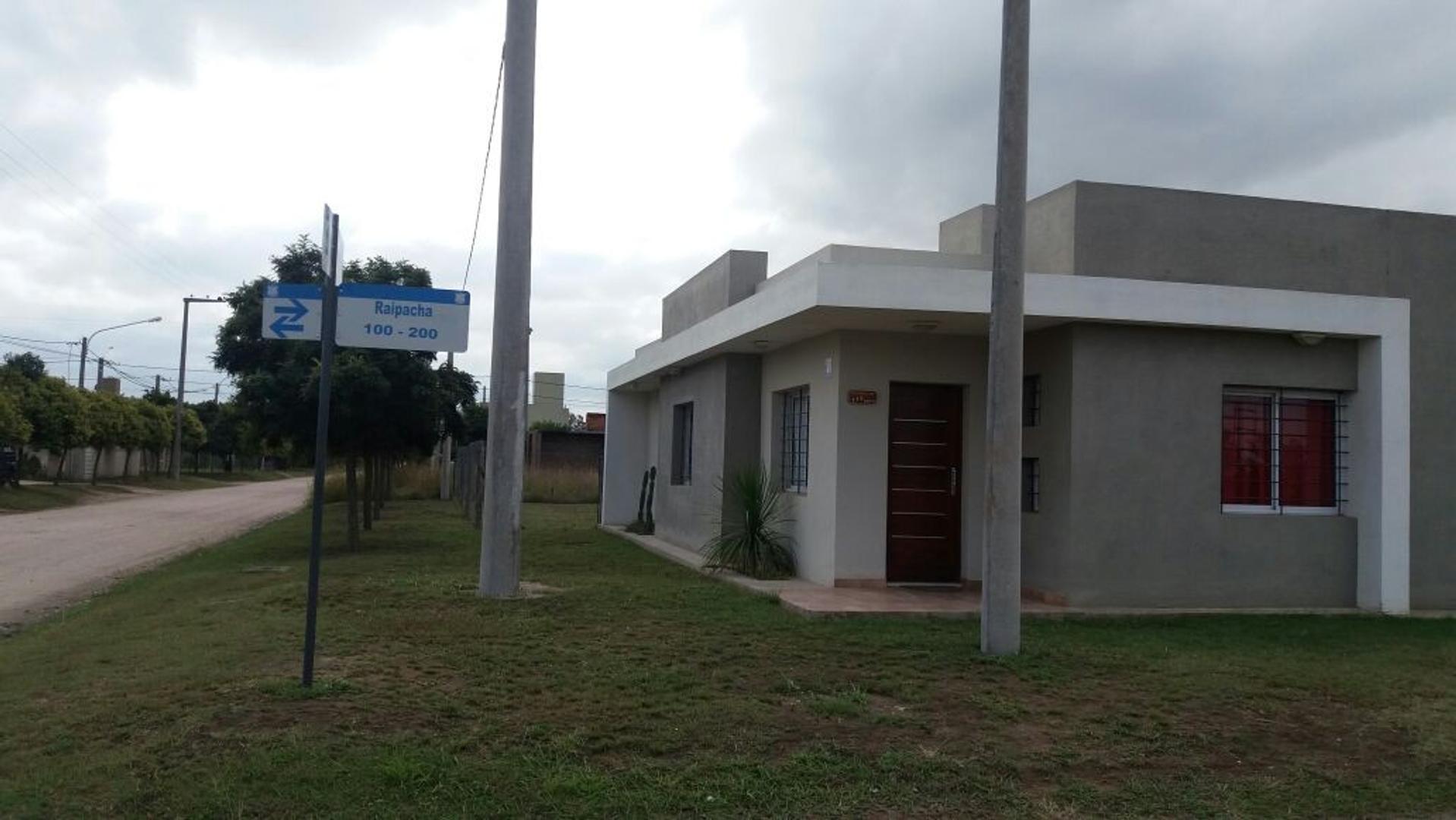 Alquilo casa en TIERRAS DEL FUNDADOR