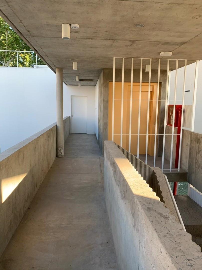 Edificio Commodore a estrenar con cochera- Se destaca por sus espacios verdes - Foto 25