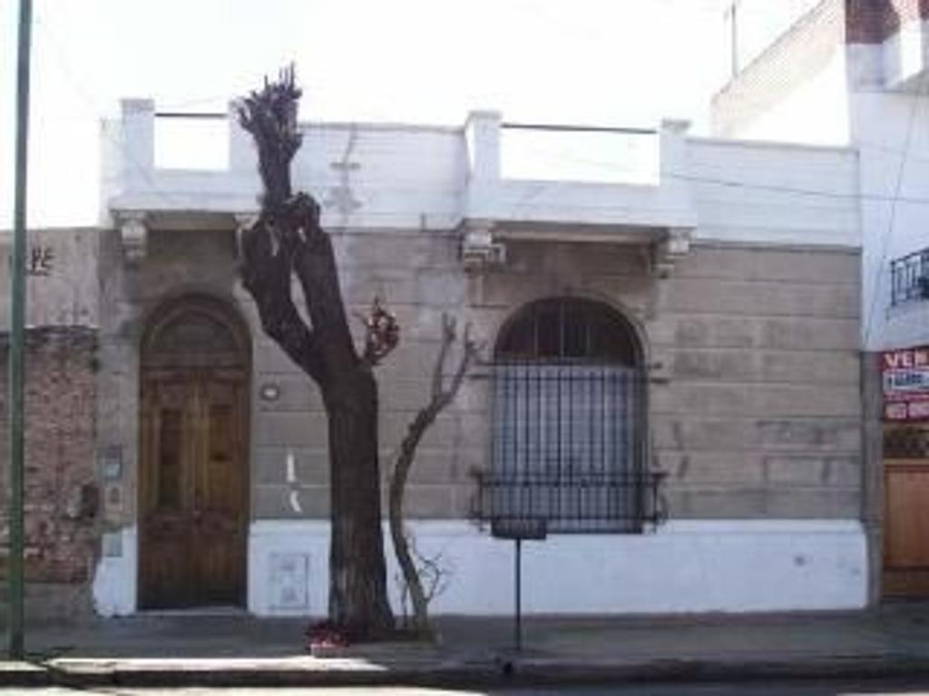Casa en Venta de 6 ambientes en Capital Federal, Parque Patricios