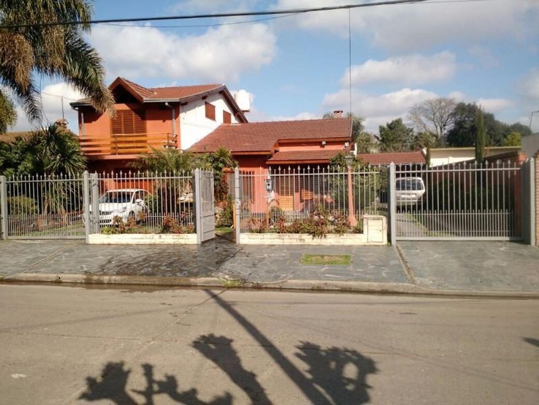 EXCELENTE CHALET A LA VENTA EN P DE MALLORCA 4445 (384)  QUILMES Barrio Elsieland