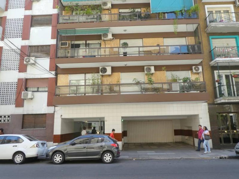 Charcas 2700:: Barrio Norte. Piso al frente con Balcón . Apto profesional