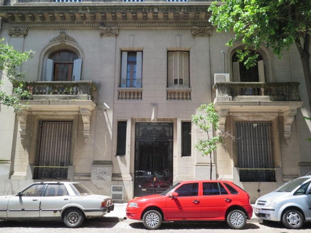 Departamento - Venta - Argentina, Capital Federal - DR. NICOLAS REPETTO  AL 1100