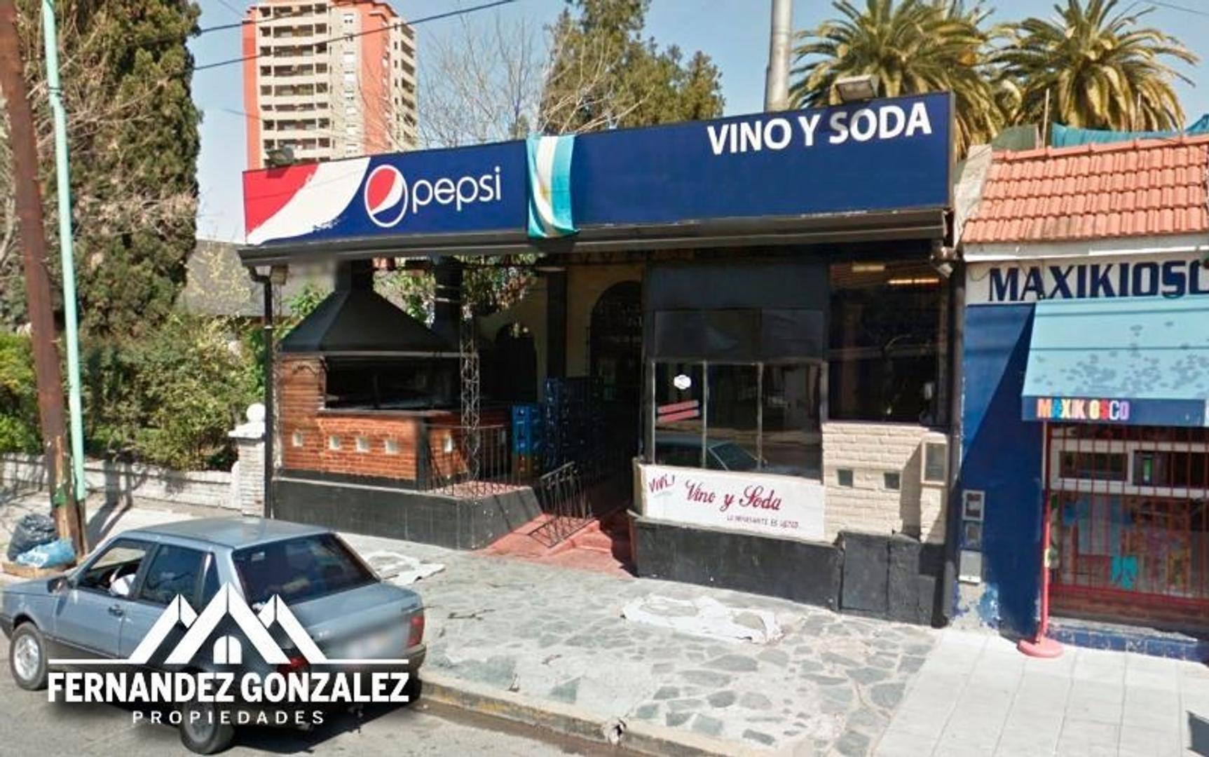 Importante parrilla restaurant con 15 años de antigüedad.