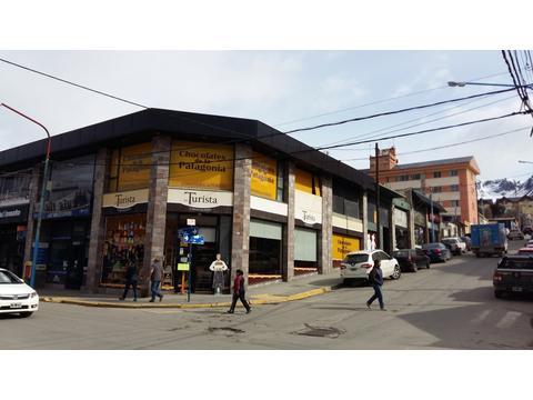 Excepcional Local en alquiler-San Martín esquina Roca