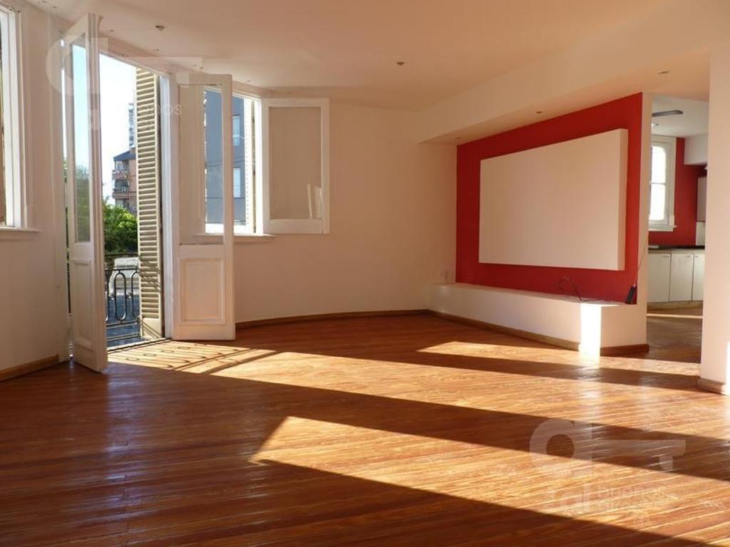 Departamento tipo casa en venta en terrada al 1400 villa for Casa de azulejos en capital federal