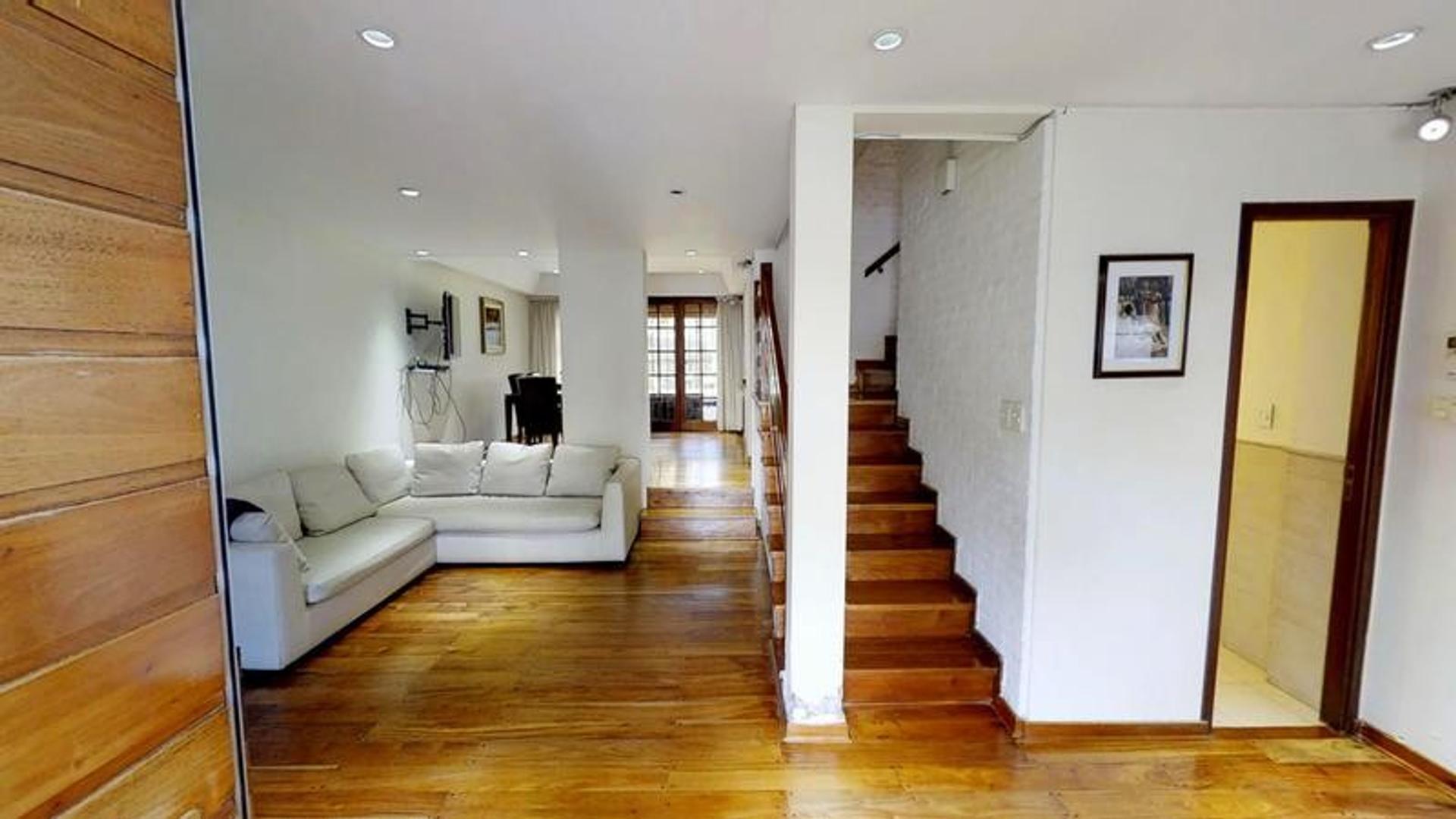 Casa - 3 dormitorios - Playroom - Jardin - Quincho - Parrilla - Garage - Belgrano