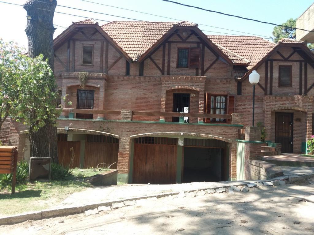 En VENTA, P.H.,Villa Gesell, Zona Centro - Sur.-