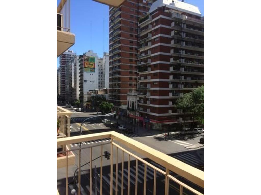 Departamento en alquiler en av cabildo 978 belgrano for Busco piso en alquiler en sevilla capital
