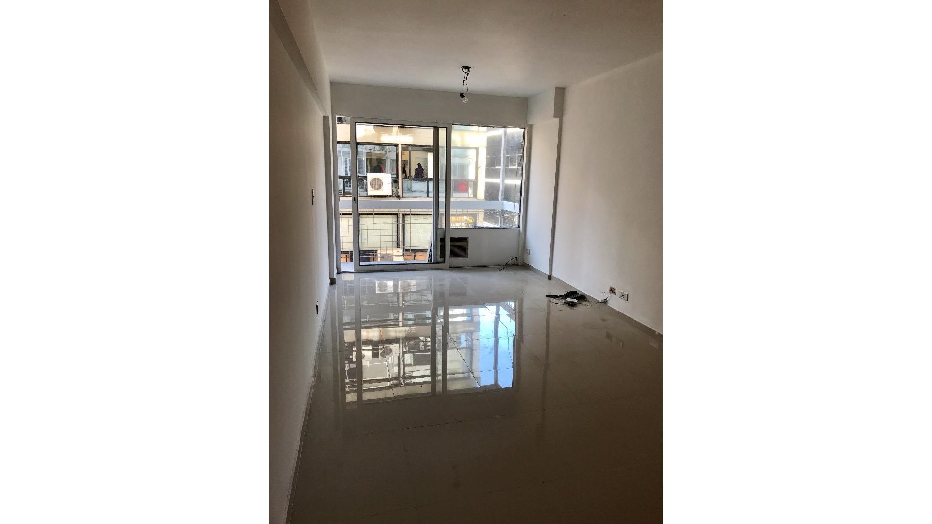 * 1 ambiente dueño a nuevo 28 m2 frente sobre Florida
