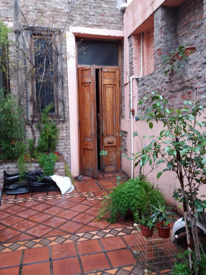 RESERVADO - RESERVADO - RESERVADO PH de 2 ambientes. Patio y terraza