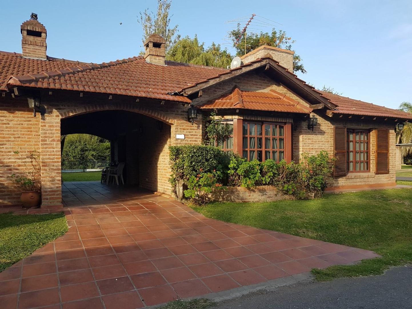 Casa  en Venta ubicado en C.C. Banco Provincia, Zona Oeste - OES1056_LP166830_1