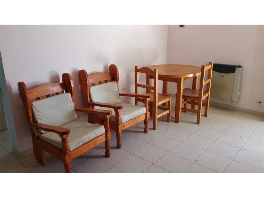 Departamento 1 dormitorios amoblado con servicios