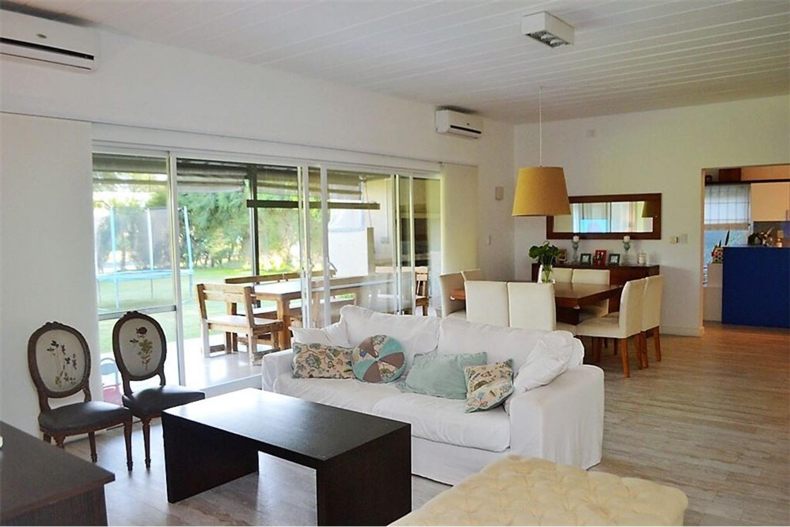 Casa en Venta en Talar Del Lago II - 4 ambientes