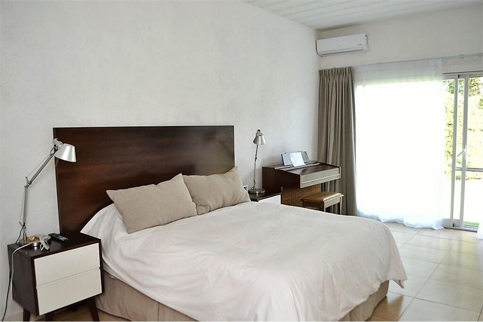 Casa - 176 m² | 3 dormitorios | 8 años