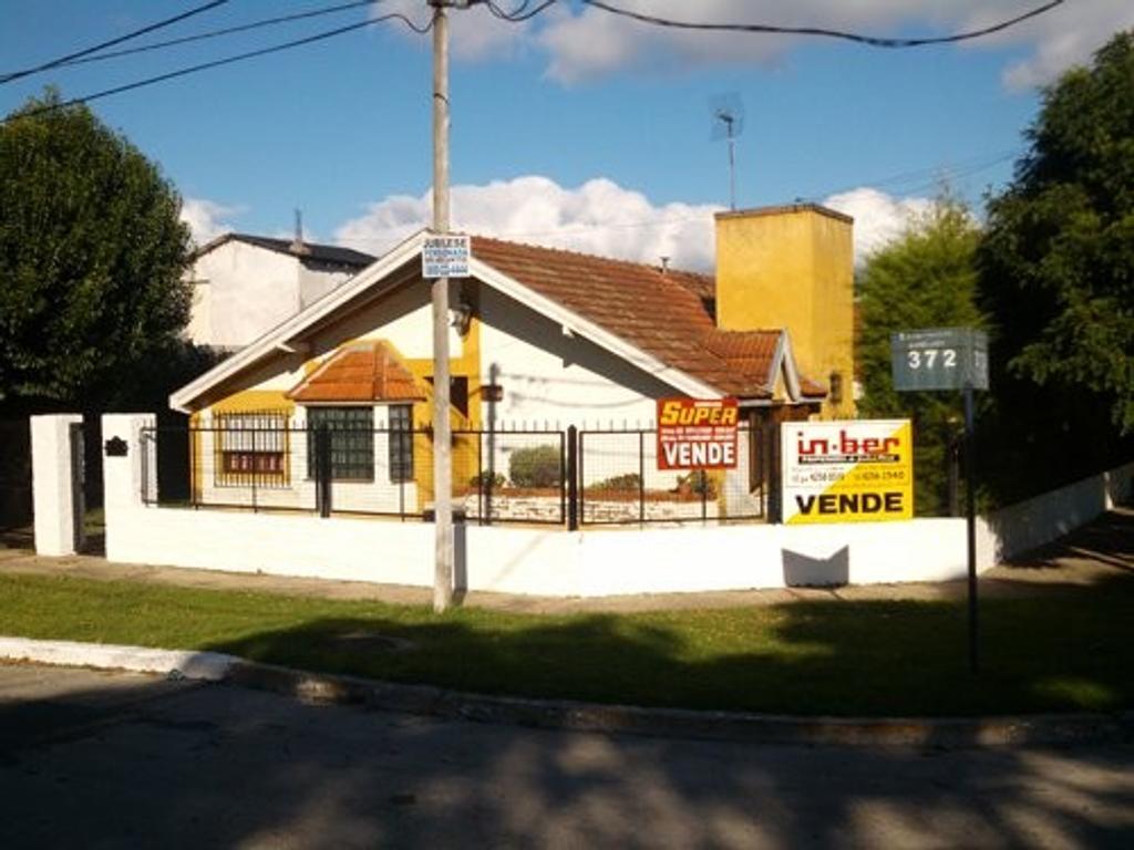 XINTEL(INB-INB-1268) Casa - Venta - Argentina, BERAZATEGUI