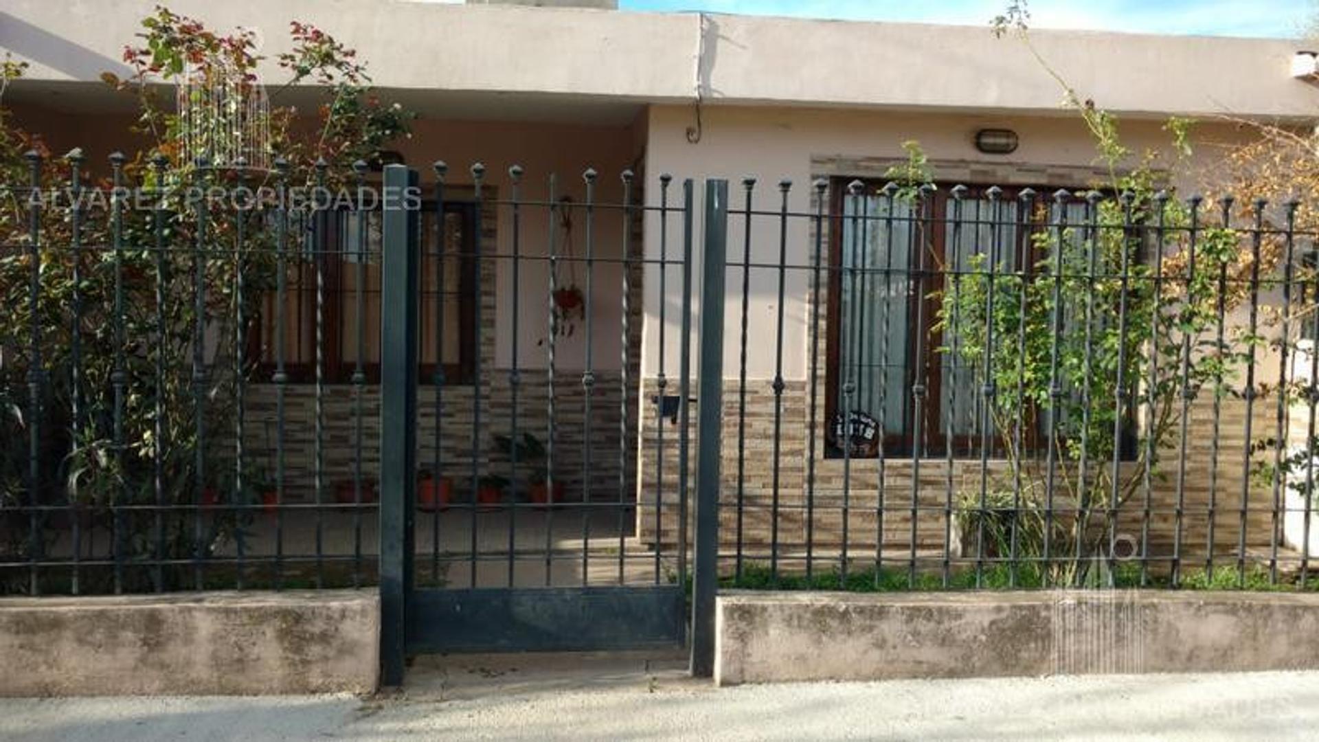 Casa en Venta - 3 ambientes - USD 57.000