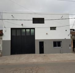 Dueño alquila Galpón 260 m2 c/oficinas/vestuarios en San Martín