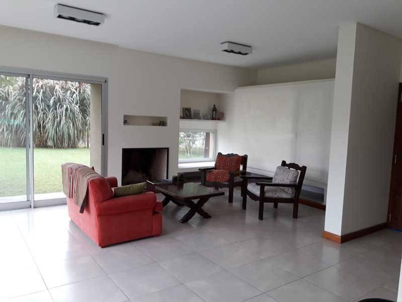 Venta de Casa en Barrio Sausalito - Pilar