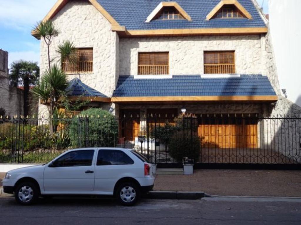 Excelente propiedad en Pompeya