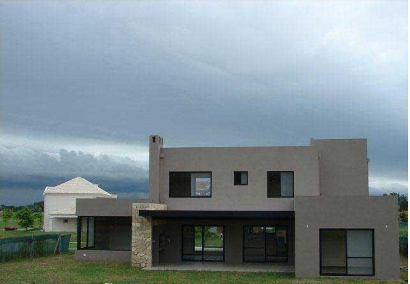 Casa en Venta en Haras Santa Maria - 3 ambientes