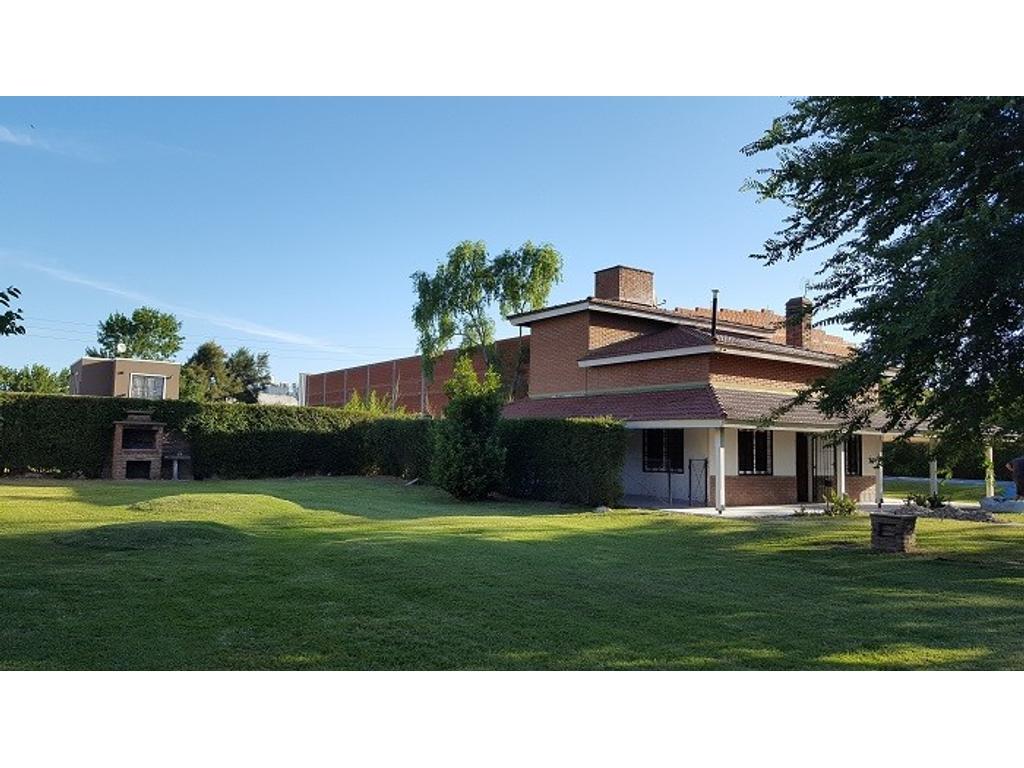 Casa en Alquiler anual - Necochea Golf Club