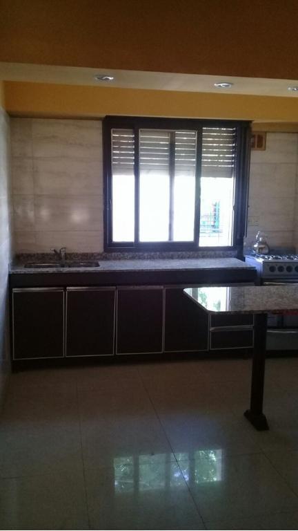 Tipo casa 3 amb con terraza y lavadero