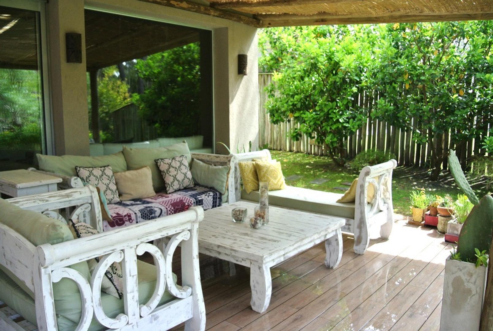 Casa en Alquiler Por Temporada - 5 ambientes - USD 11.000