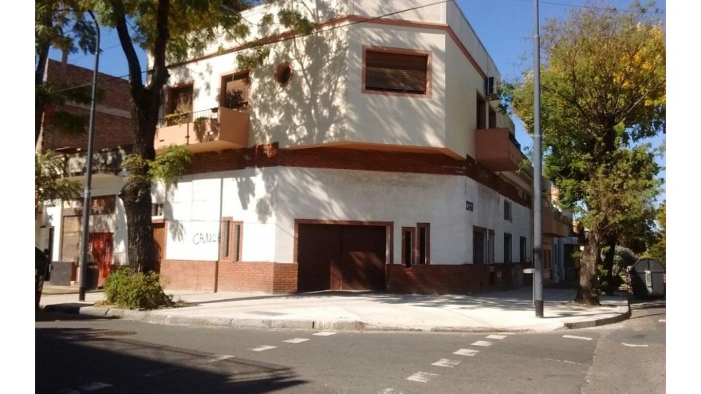 Ph tipo casa 4 ambc/dep. garage p/2coches o amplio local c/sótano, escritorio, patio y terraza