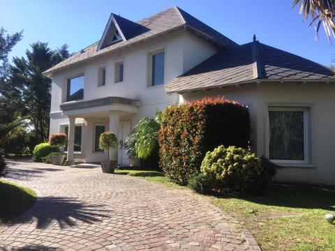 Casa - Campos De Alvarez