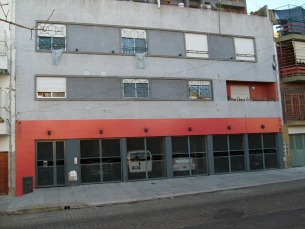 Departamento tipo casa en venta en albarracin 1600 parque chacabuco argenprop - Apartamentos en albarracin ...