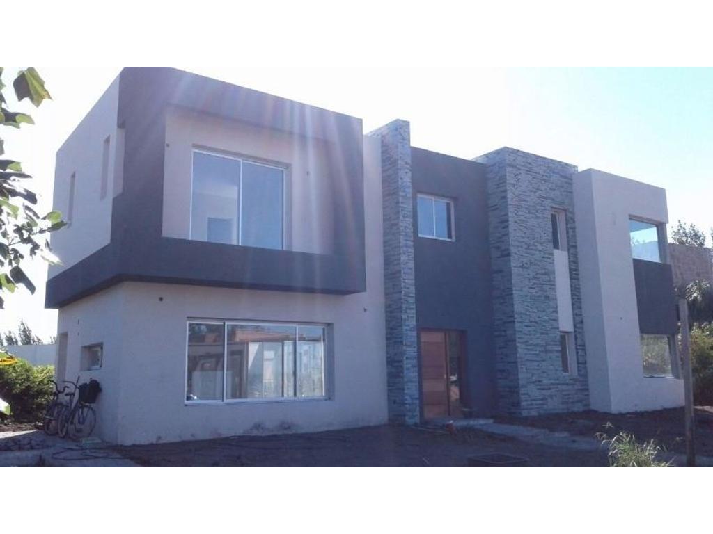 Casa en el barrio Fincas 2, Hudson