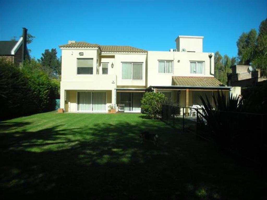 Casa en Alquiler de 4 ambientes en Buenos Aires, Pdo. de Tigre, Don Torcuato, Triangulo