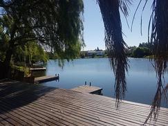 Espectacular casa a la laguna . ENERO