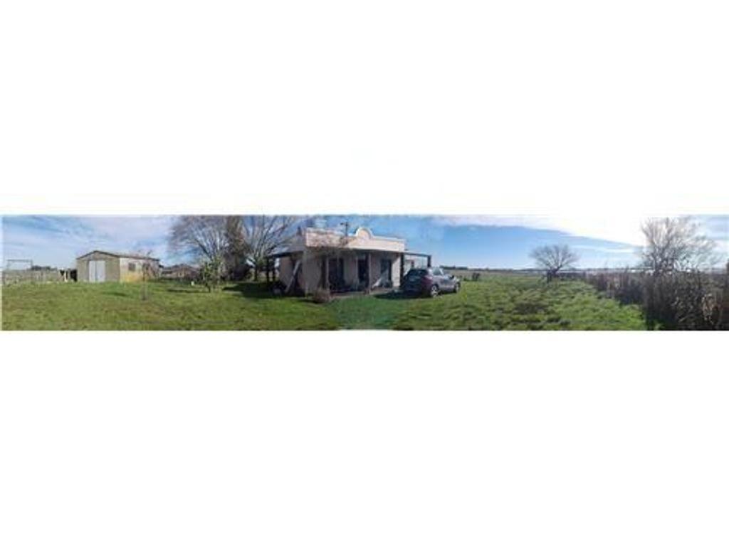casa de campo sobre 5 hectáreas en Roque Perez