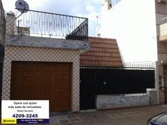 Casa 3 ambientes con garage en venta