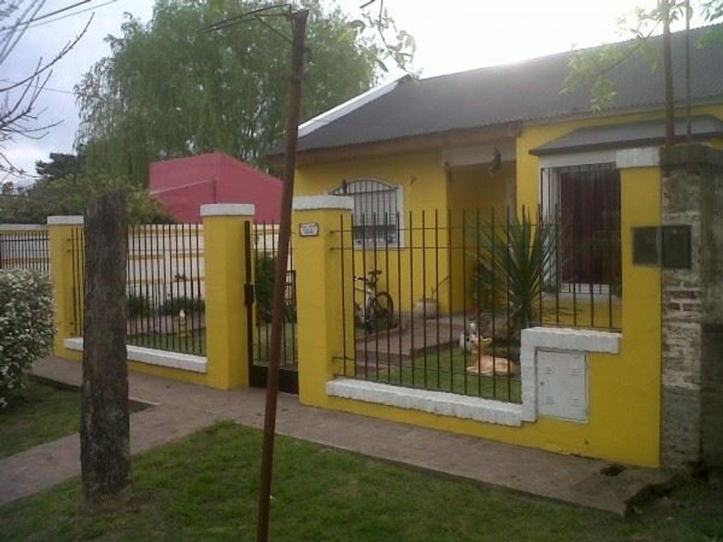 EXCELENTE PROPIEDAD EN EL CENTRO DE CAPILLA DEL SEÑOR