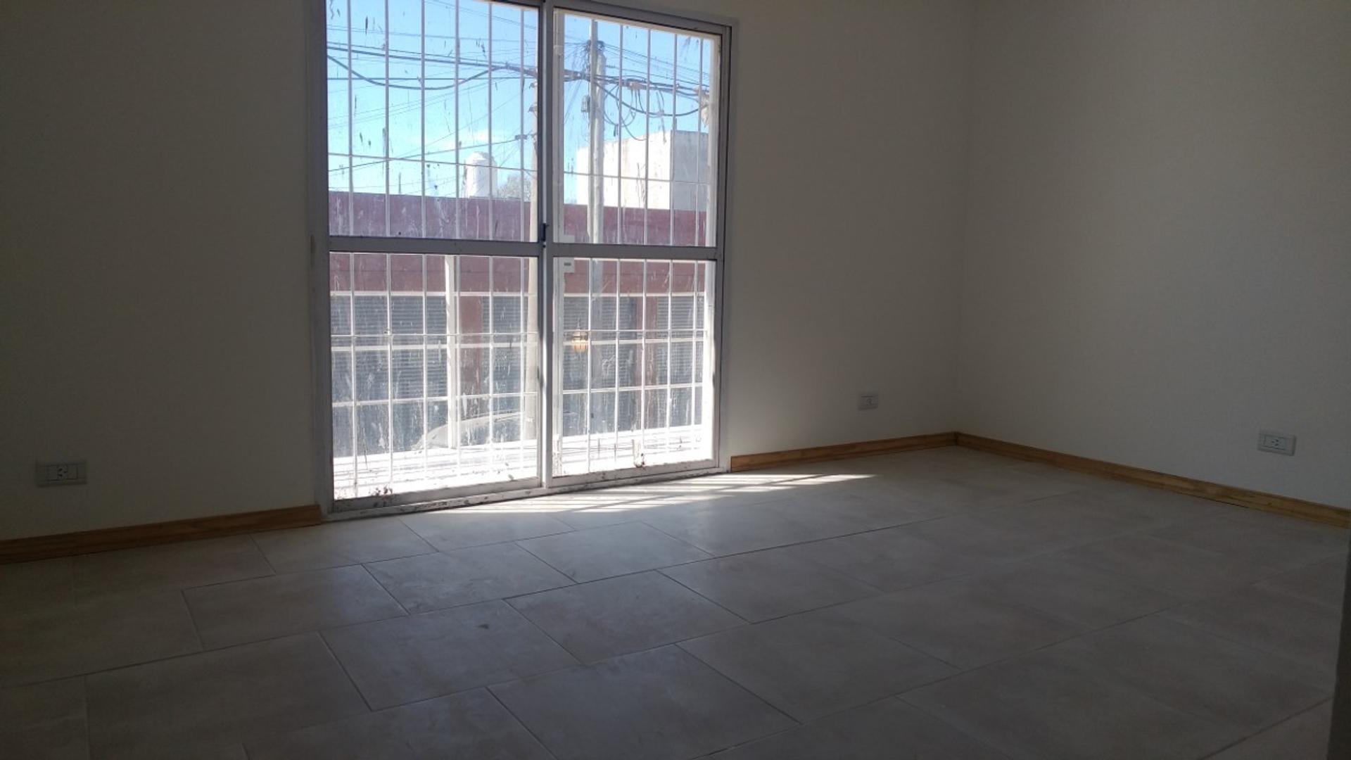 Departamento en Alquiler en Manuel Alberti - 3 ambientes