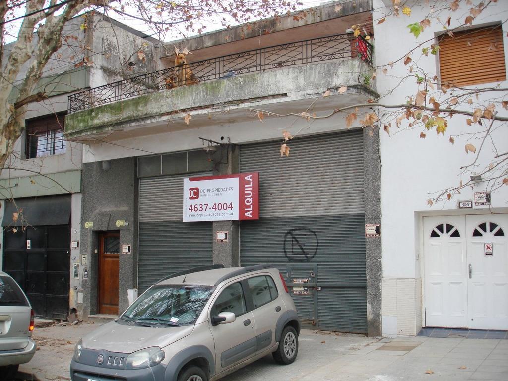 Excelente Local Comercial en Esquina, Ideal Deposito