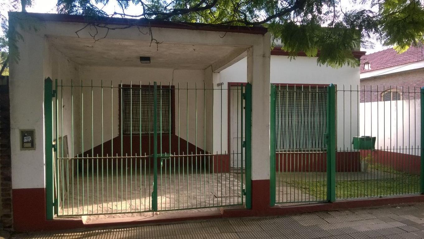 San Miguel, casa a metros de Avda. Perón