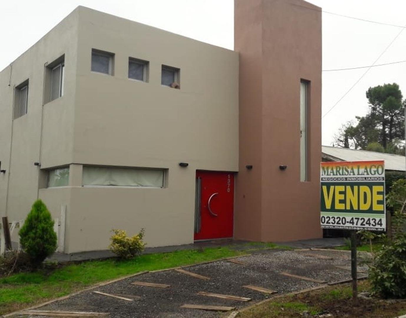 Casa en Venta en Montecarlo - 4 ambientes