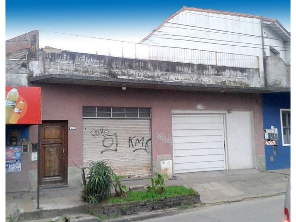 2 Locales y Vivienda Sobre Avenida! Ideal Inversores