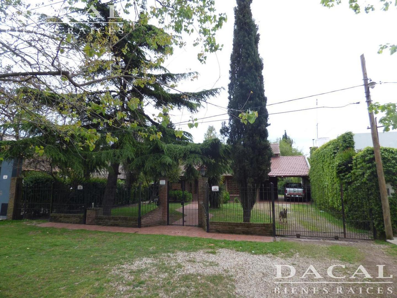 Casa en Venta La Plata Calle 508 e/ 23 y 24 Dacal Bienes Raices