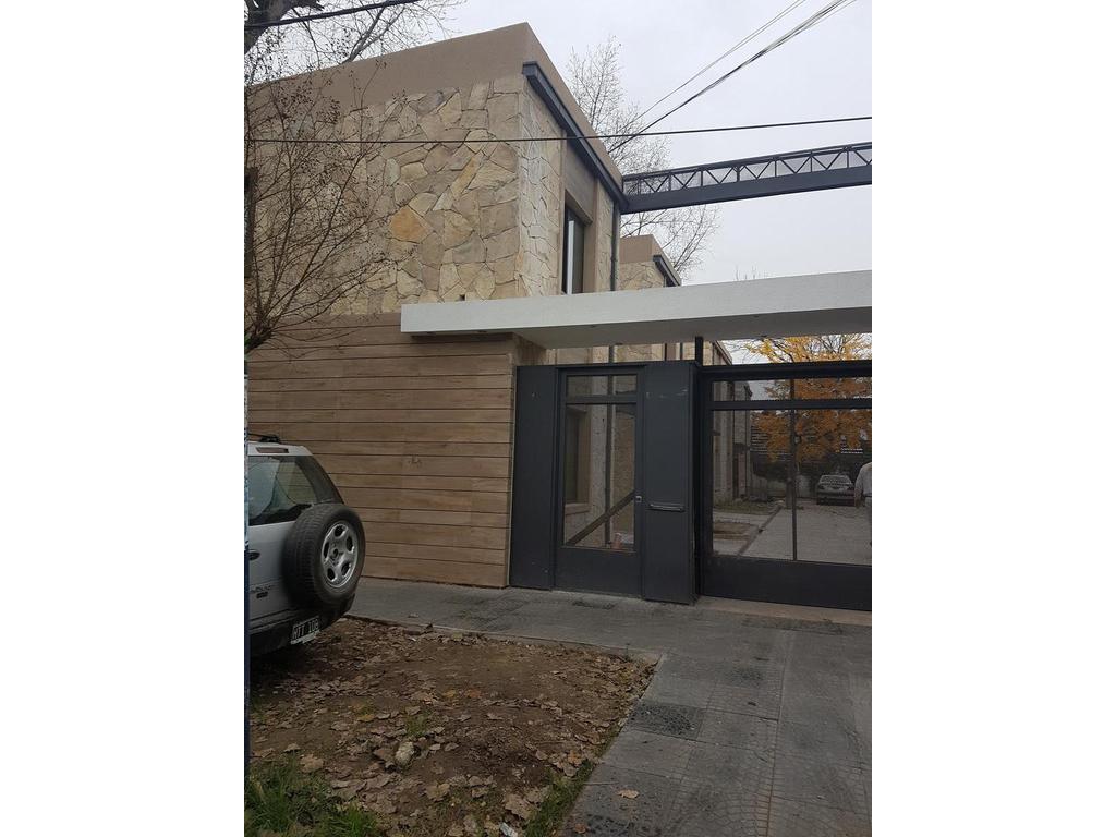 Duplex 3 ambientes en Moreno