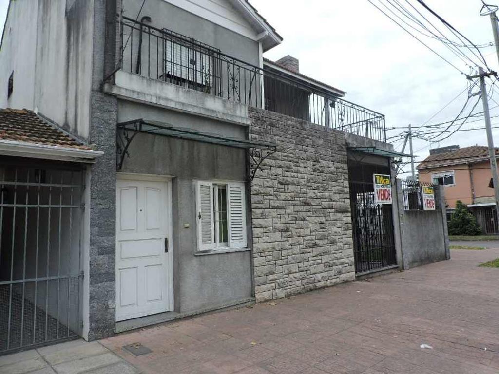 En Don Bosco Este venta de casa de 180 m2