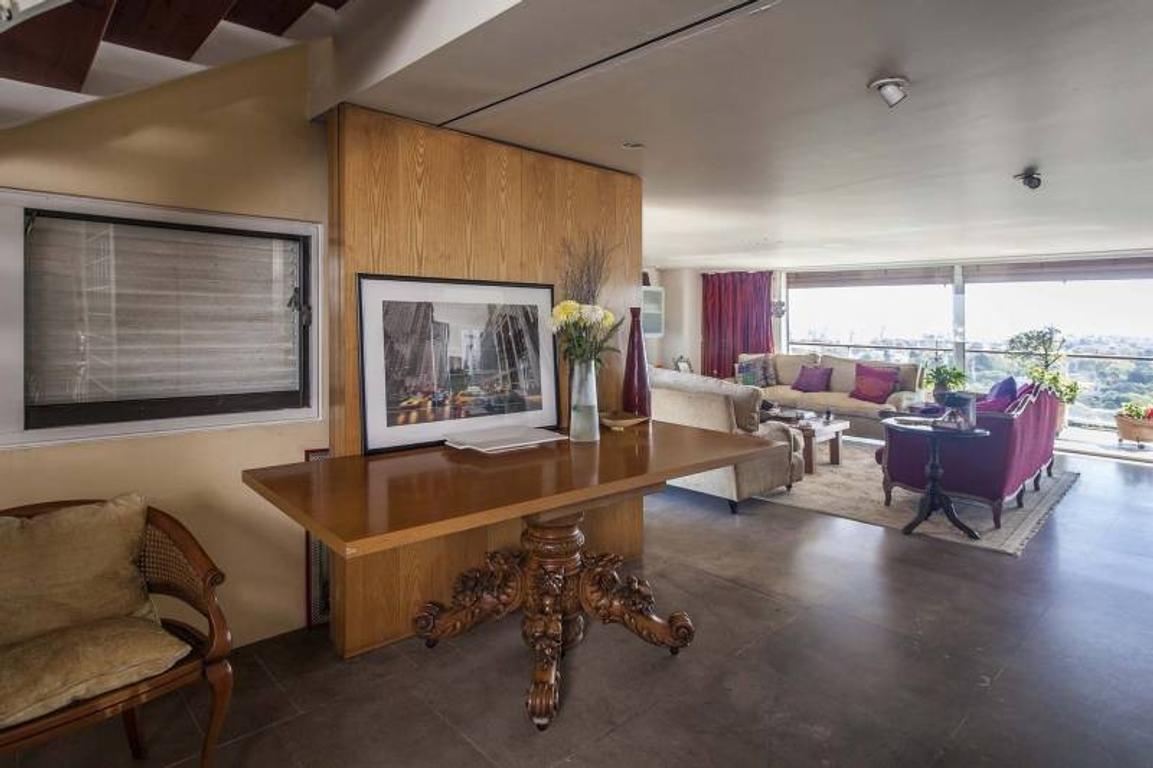 Excelente departamento en Triplex, con Vista Panoramica y Terraza y pileta propia