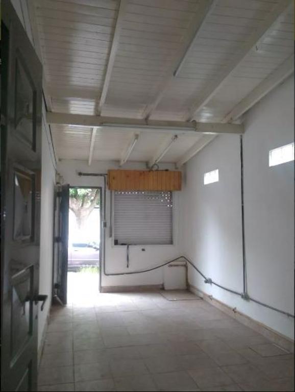 DUPLEX DE 4 AMBIENTES EN ITUZAINGO NORTE (2009)