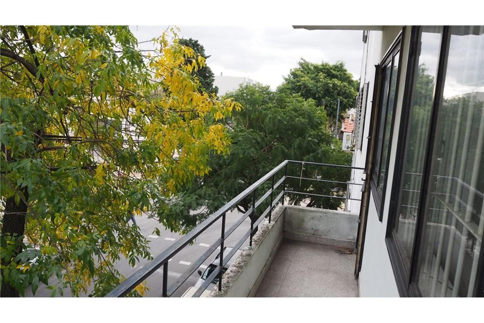 Departamento 3Amb c/lav y balcón al frente Lumin.